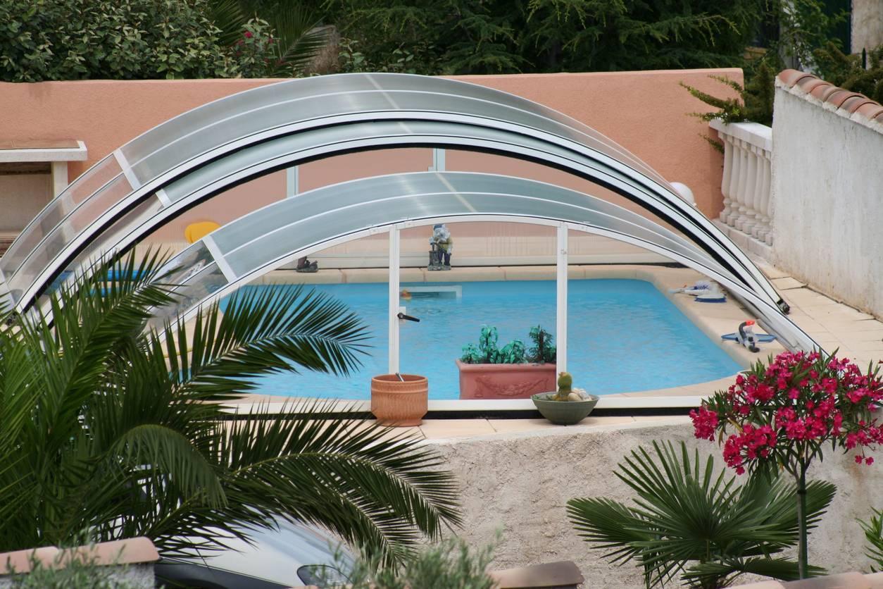 abri piscine coulissant sécurité